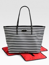 A chic, striped baby bag with matching changing pad that makes mommy look stylish and sophisticated.Double top handles, approximately 10 dropSpring clip strap top closeStroller clipsOne inside open pocketOne inside zip pocketBright, wipe-clean liningJersey-backed nylon with patent leather trim12½W X 14¾H X 7DImported